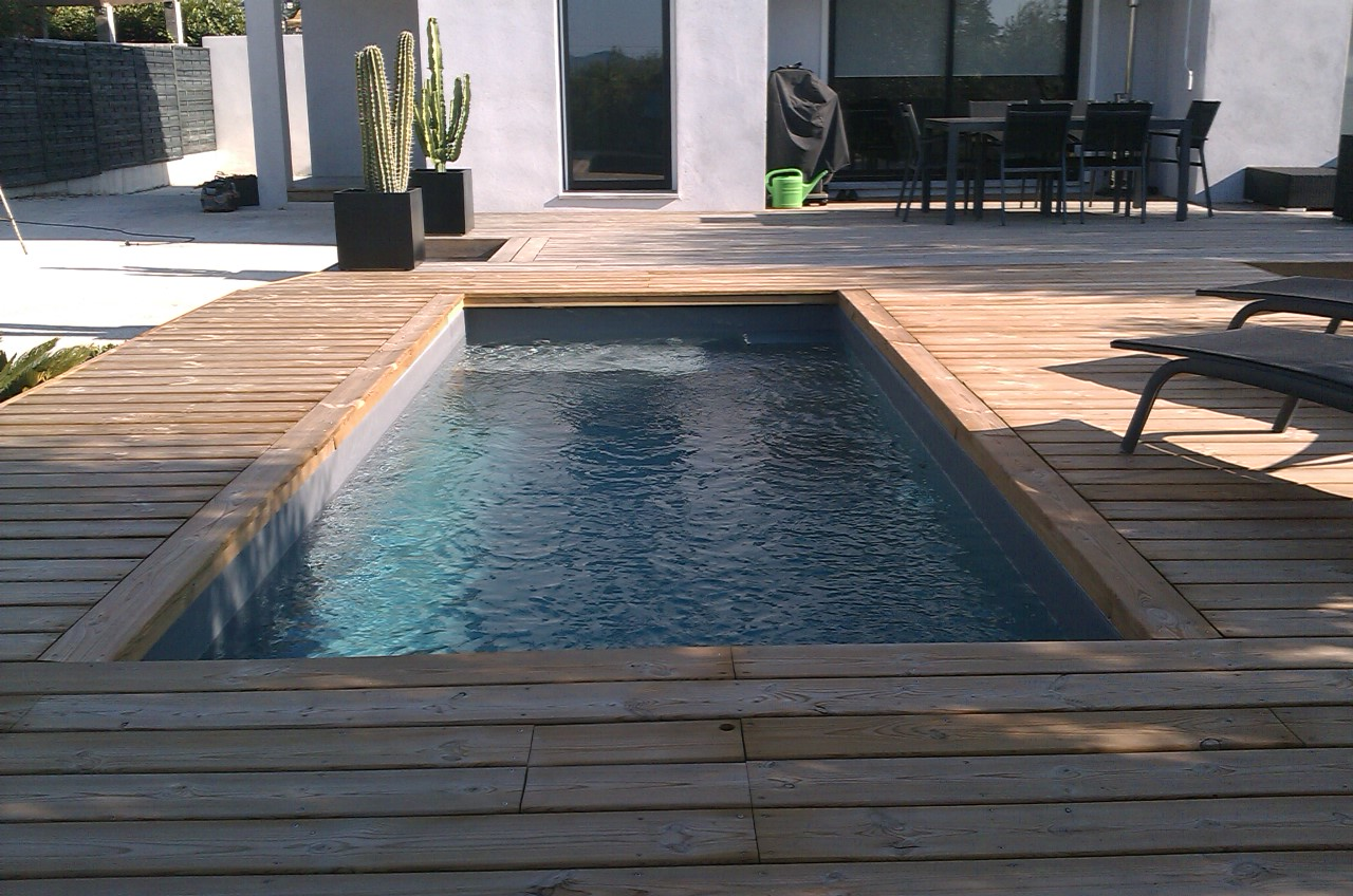 terrasse bois piscine autoportee diverses id es de conception de patio en bois. Black Bedroom Furniture Sets. Home Design Ideas